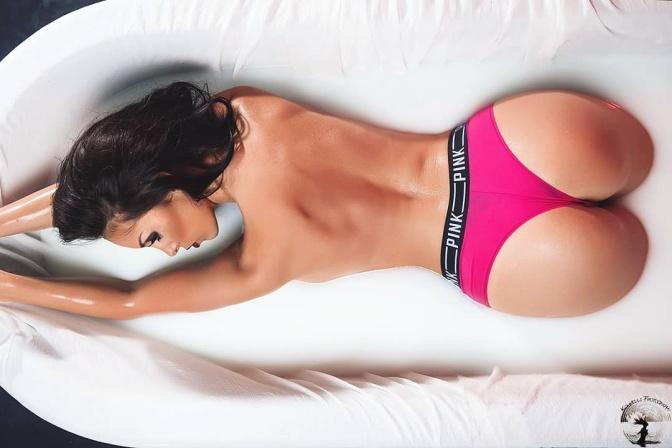 澳大利亚美女。 Alexandra Lillian [gif]