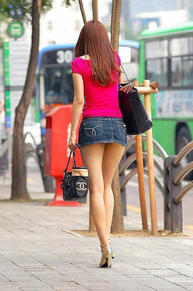 街头美女。90cm-110cm 长腿