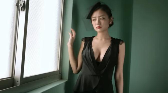 服装美女。片山萌美 Moemi Katayama 哀伤美 1/3 未亡人look [11p]
