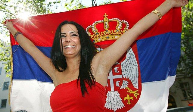 国家美女 [8p]。塞尔维亚世界杯足球球迷